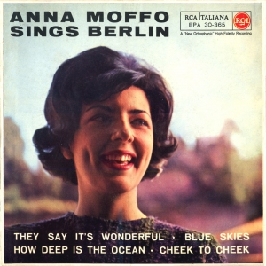 ANNA MOFFO SINGS BERLIN
